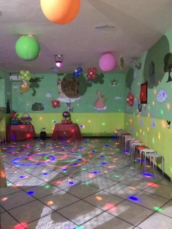 sala 1 luci - Sogni e Bisogni Animazione Caserta
